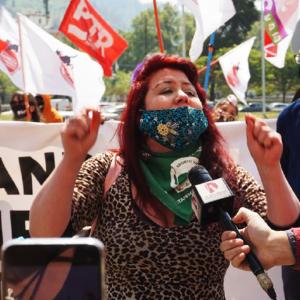 Hoy se presentó en distintas ciudades del país el Comando Nacional por la Asamblea Constituyente Libre y Soberana conformada por referentes sociales, sindicales de feministas y políticos.